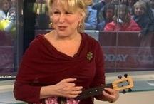 They play ukulele