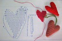 Corazones tejidos / Corazones para tejer a crochet o tricot San Valentin / by Enrhedando Yolanda