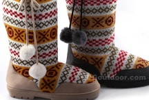 Women Snow Boots / by Waleed Ghazi