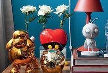 Galeria de Estilos - Toy Art / Toy Art, para quem ainda não conhece, é um movimento artístico contemporâneo, que se utiliza do conceito dos brinquedos para mesclar design, moda e grafismo, entre algumas outras expressões de arte da atualidade. E por sua irreverência, devem ganhar lugar de destaque dentro da casa de quem coleciona esses bonequinhos adoráveis!