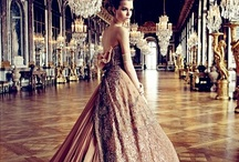 Dresses / by Pardeep Randhawa