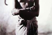 Ethnic / Una serie de fotografías y pinturas que nos remiten a lo étnico y safari africano.  / by Bruggens Art
