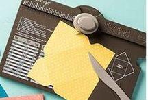 SU - Outil : Envelop punch board / Planche de marquage Insta'enveloppes / by Diane Desaulniers