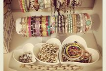 Arm Candy / Jewelry. Handbags. Candy.  / by mimmy
