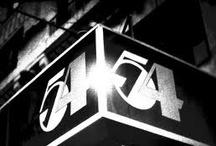 Studio 54 - New York / Découvrez les artistes ayant fréquenté le Studio 54 à New York...