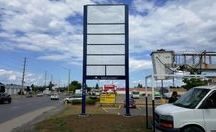 Pylon Signs / Wonder who builds pylon signs? We do that too.