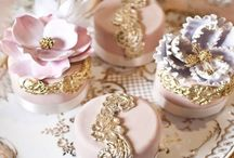Cakes + More ♤♡♢ / Macaroons, Design, Cupcakes + Party Theme!