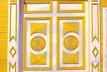 T&L Doors We Adore / Compilation of our favourite doors.