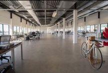Gebouw SX, Strijp-S, Eindhoven / Gebouw SX is door Van Asperdt, dochterbedrijf van Stam + De Koning, herbestemd tot sportmarketingcentrum. De ruwbouw is in mei 2014 opgeleverd. Fotocredits: Ruud Strobbe