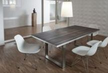 Design-Tische / Tischplatten / Wohnvergnügen ohne Grenzen! Die cuadros lifestyle Table Collection – perfekte Symbiose zwischen Handarbeit und Design! Die unschlagbare Kombination unserer Tische von Design und Funktionalität erzeugt eine wohnliche Atmosphäre zwischen Vielfalt und Einzigartigkeit. Mit den stylischen Oberflächenmotiven der robusten Tischplatte liegen Sie auch voll im Trend. Ob angesagter Industrial- Look oder wunderschöne Muster, Strukturen und Elemente: Hier findet jeder sein persönliches Motiv!