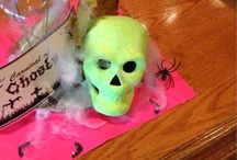 Halloween party / Halloween party and decorating. Halloween craft ideas