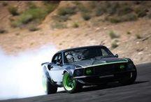 Samochody Rc HPI RACING / HPI Racing to ścisła czołówka wśród światowych producentów samochodów zdalnie sterowanych. Innowacyjne rozwiązania w połączeniu z niezwykłą trwałością każdego samochodu RC sprawiają, iż pojazdy HPI Racing są jednymi z najlepszych dostępnych na rynku. Szczególnie polecamy legendarne już modele serii HPI BAJA czy SAVAGE.