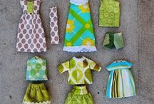 Dolls' clothes / Patterns and inspiration for dressing dolls of all sizes