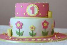 Birthday Cakes / by Sofia Vafia
