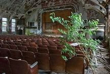 v i d e / Abandoned places