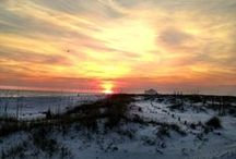 Perdido Key Sunsets / Spectacular, awe-inspiring drama at sunset on Perdido Key, the perfect setting for a late afternoon picnic on the beach or sunset dinner cruise on the Gulf of Mexico.