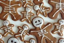 Halloween / All things halloween, from food and drinks to decor and nail art