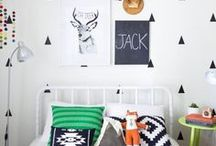 Modern Boy Rooms / Looking to re-decorate your boy's room? Find inspiration on how to design and decorate a fun, industrial, rustic or minimalistic bedroom perfect for your big boy (toddler to teen). Fresh and colorful decor, furniture, artwork + printables!