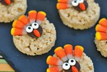 Thanksgiving Ideas for Kids / There's nothing like gathering with your family to celebrate Thanksgiving, and we're here to provide ideas and inspiration for your kids' table, food/snacks and games. Plus a ton of great (and easy!) Thanksgiving crafts and activities your kids will love. Happy Thanksgiving!