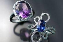 Beautiful Jewelry / Beautiful jewelry that sparkles with diamonds, precious or semi-precious gems, Swarovski crystals or CZ
