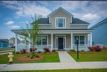 White Gables- Summerville, SC / White Gables is southern living at its finest. Located just three miles from historic Summerville, within the Dorchester II school district. Exceptional amenities include a clubhouse, pool, park, tennis and basketball courts. White Gables also has miles of jogging trails and neighborhood ponds for fishing. Just a few miles away, you'll find fine dining, shopping and year-round community events, including Summerville's annual Flowertown Festival.