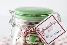 Gifts - In a Jar! / Wonderful DIY Gift Ideas in a Jar.