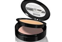 Lavera make-up / Make-up van Lavera is niet alleen decoratief, maar werkt ook verzorgend voor je huid dankzij de nieuw ontwikkelde samenstellingen uit biologische plant- en bloemextracten. De make-up bevat geen synthetische ingrediënten en de natuurlijke pigmenten zijn chroom- en nikkelvrij getest.