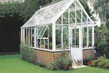 Serre & Cabane de jardin / Objets de décoration utiles pour notre jardin.