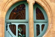 Nietypowe drzwi / Unusual doors