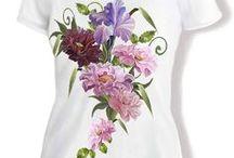 T-shirt / Vintage T-shirt med blommiga motiv. Från: waldon.se