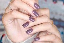 Nailz / Inspiration til neglene