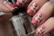 Flower NAILs - By Nina Maria