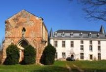 Chateau Castelfranc S.W France / Chateau Castelfranc is a place of great peace and beauty. It has 11th Century foundations and the 13th Century cloisters and chapel are surrounded by woodlands and rolling hills.