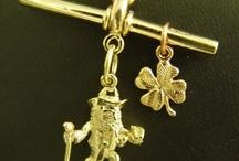 Pendants Custom Designed / My Own Jeweller Direct Peter Kumskov Brisbane Jeweller creates name pendants in gold, pendants diamond set, gold initial pendants, gold diamond set letter pendant.