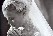 Daar komen bruid en bruidegom!