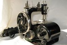 Singer Toy Sewing Machines