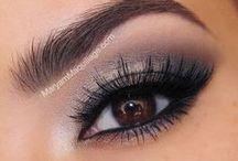 Beauty : Make-up / by Sabrina Berrich