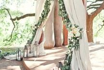 Natural Greens Wedding Inspiration / Wedding inspiration board featuring ideas for a natural, green wedding. Natural green tones, branches, greenery,  bay leaves, neutral colors.