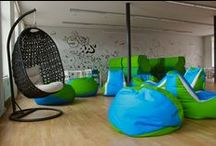 Tady se tvoří nápady samy / Nové prostory UNIFER, které byly navrženy tak, aby co možná nejvíc umocnily kreativní procesy studentů a zpříjemnily práci