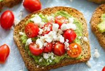 SNACKS / Healthy and satisfying snacks that are simple but packed with nutrients.