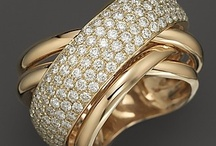 Gold lover