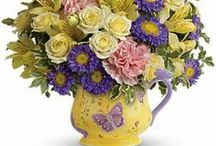Flowers for Mom / Show Mom how much she is loved this Mother's Day with one of these beautiful bouquets!