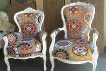 Klassieke fauteuil - Oud is Nieuw / Klassieke fauteuil op maat gemaakt. Kies zelf uw stof, houtwerk en de kleur voor het houtwerk. Oud is Nieuw levert al één van de weinigen een uniek exemplaar, geheel op basis van uw wensen.