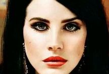 Lana Del Rey / cantora, compositora, modelo fotográfica, atriz e roteirista.