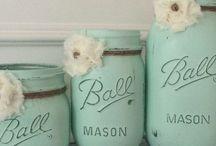 Mason Jar Madness / Crafts that use the power of Mason jars to create something beautiful