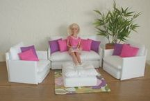 POP MEUBELS / All about Doll Furniture en Doll Stands exe
