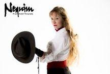 Nequim Staff / Know the professionals behind Nequim Pin-Up & Boudoir Photography studio.