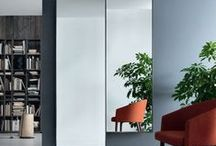 Jesse 'Mirrors' / Mirrors floor standing or hanging, with vertical and horizontal orientation, for a piece of furniture that gives value to the room. Simplicity in design that enhances the feeling of shapes.