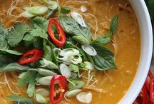 {soups & stews} / by Amy Paradise