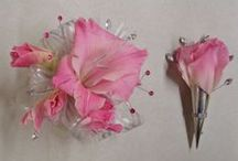 Prom Flowers / Corsages and Boutonnieres for a great Prom